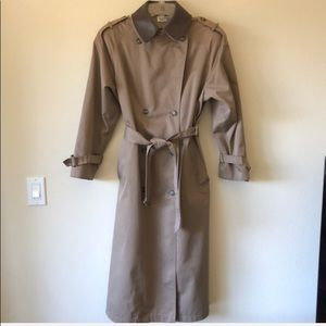 Vintage JG Hook trench coat leather collar